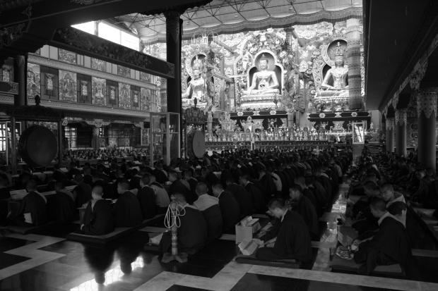 A sense of calm descends on the congregation